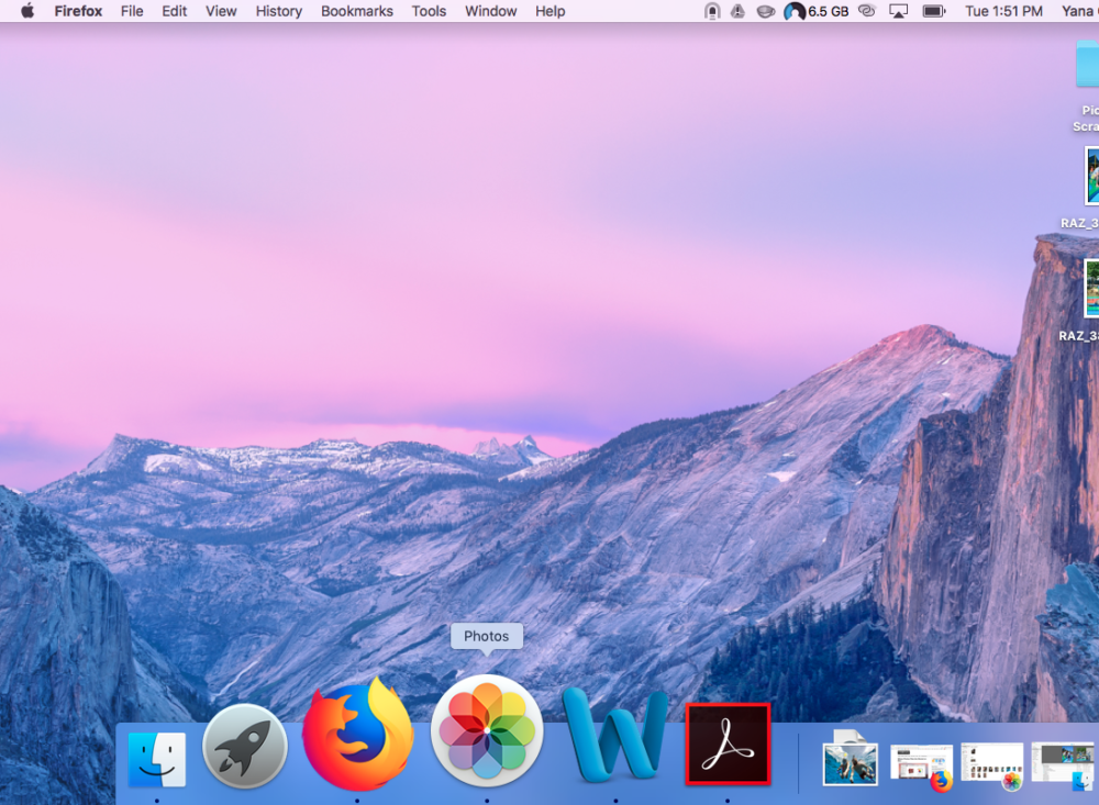 Image showing the photo app icon (step 1 to access photo files on Mac OS computer).